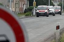 Chválkovická ulice v Olomouci dostává nový asfalt