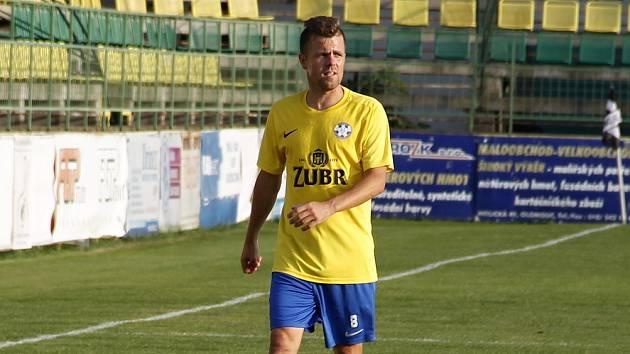 Lukáš Kaďorek hraje ve velkém fotbale za Kozlovice v divizi.