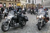 Motorkáři na Horním náměstí