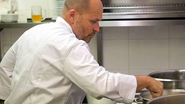 Šéfkuchař Zdeněk Pohlreich vařil v olomoucké restauraci M3