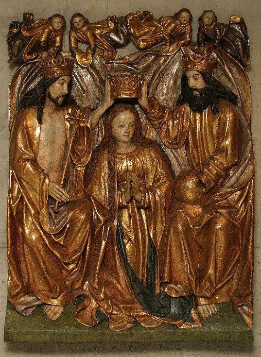 Reliéf korunování P. Marie z Dubu na Moravou. Kolem r. 1500