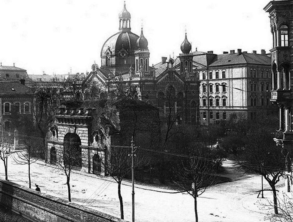 Olomoucká synagoga před požárem