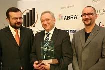 Regionálním podnikatelem roku 2006 byl vyhlášen Miroslav Študent z firmy Siwatec.