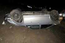 nehoda opilého řidiče VW Bora u Střelic