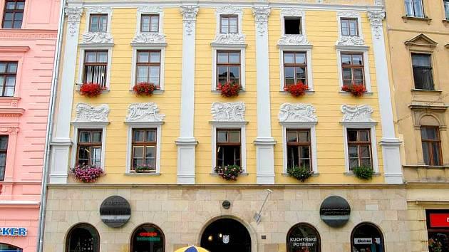 Dům s prodejnou zeleniny na Dolním náměstí 47