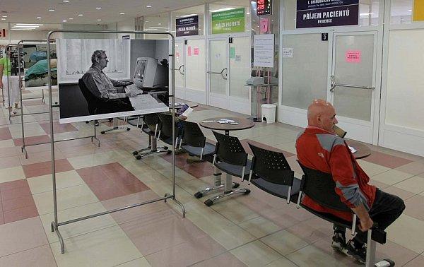 Tichá nemoc - fotografie Jindřicha Štreita na urologické klinice vOlomouci