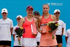 Finále ITS CUPu Karolína Muchová vs. Fiona Ferrová.