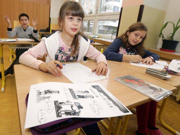 Výuka čínštiny na ZŠ Demlova v Olomouci