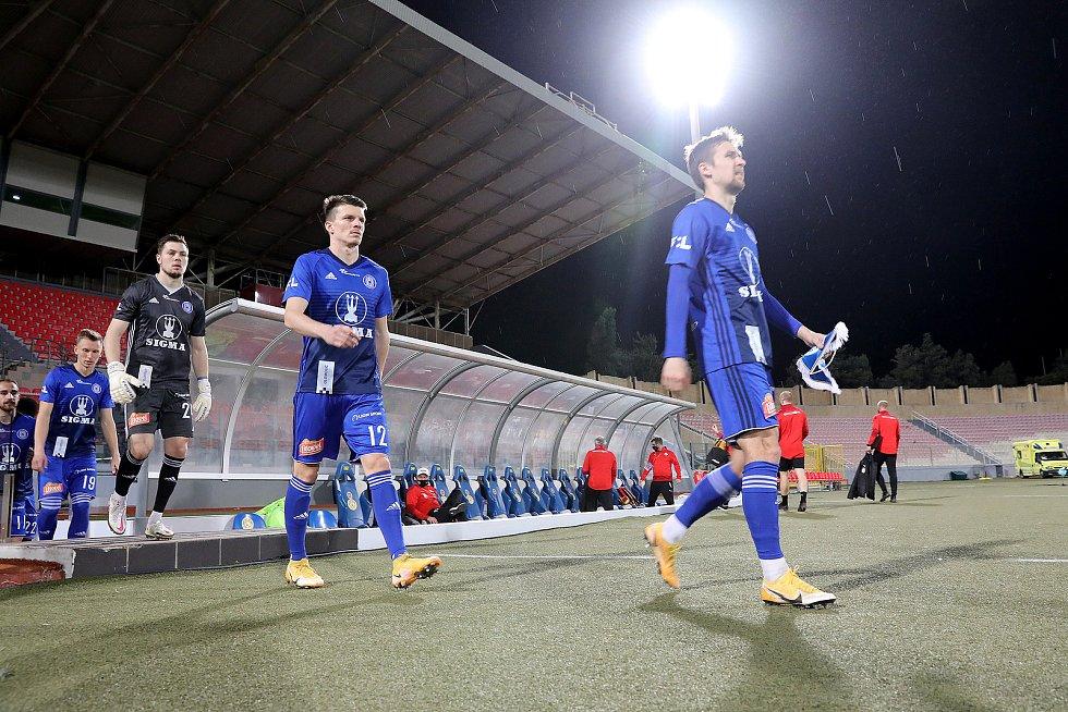 Ve finále Tipsport Malta Cupu Sigma prohrála po remíze 1:1 s Tirolem na penalty.Aleš Mandous, Jan Štěrba, David Houska