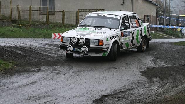 Posádka Roman Vaněk - Ivan Horák.