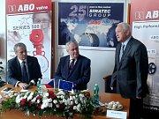 Prezident Zeman ve firmě ABO valve v Olomouci - Chomoutově