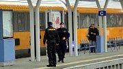 Vlak RegioJetu prohledává policie. Ilustrační foto