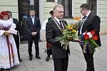 Přerovský primátor Jiří Lajtoch čeká na příjezd Miloše Zemana
