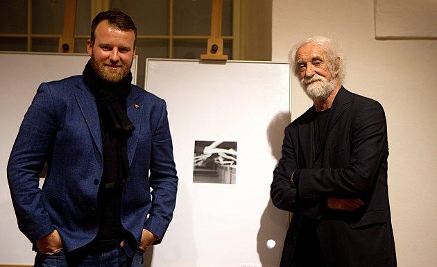 Lukáš Navara a profesor Jindřich Štreit.