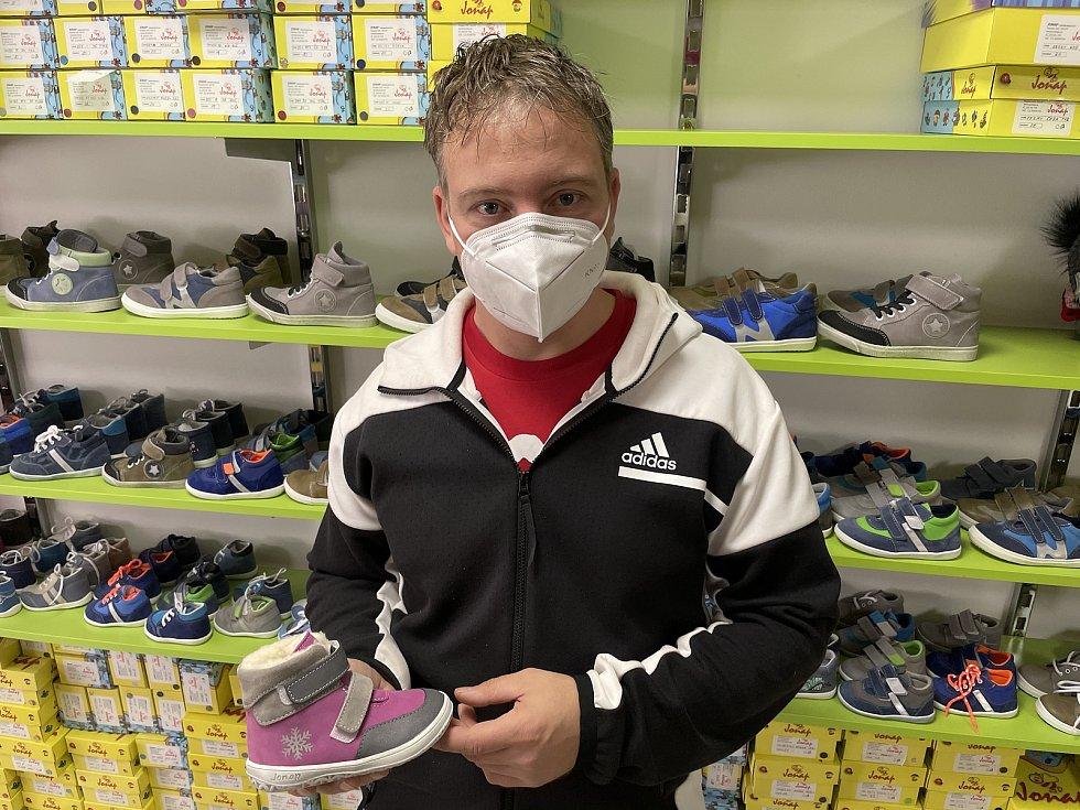 Martin Píšek, majitel společnosti JONAP – výroba obuvi, 24. února 2021