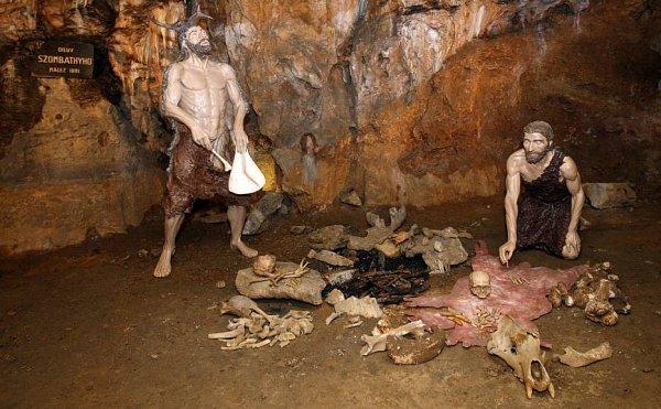 Dóm mrtvých vMladečských jeskyních sexpozicií pohřebního rituálu pravěkých kromaňonců