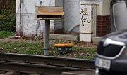 Železniční přejezd nav Holické ulici v Olomouci hlídá laserové čidlo.