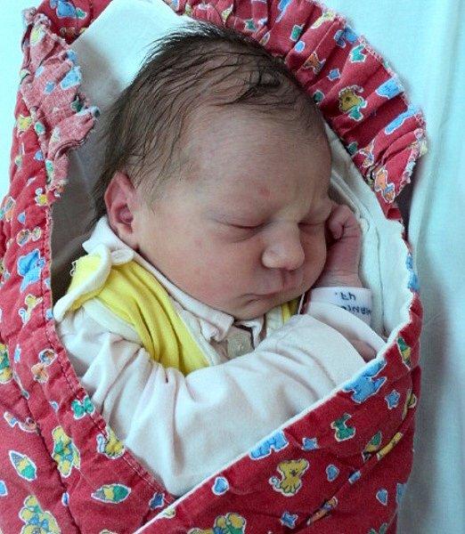 Lola Skokanič, Uničov, narozena 15. srpna ve Šternberku, míra 47 cm, váha3030 g