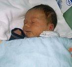 Adam Pasias, Hlubočky, narozen 10. září v Olomouci, míra 51 cm, váha 3180 g