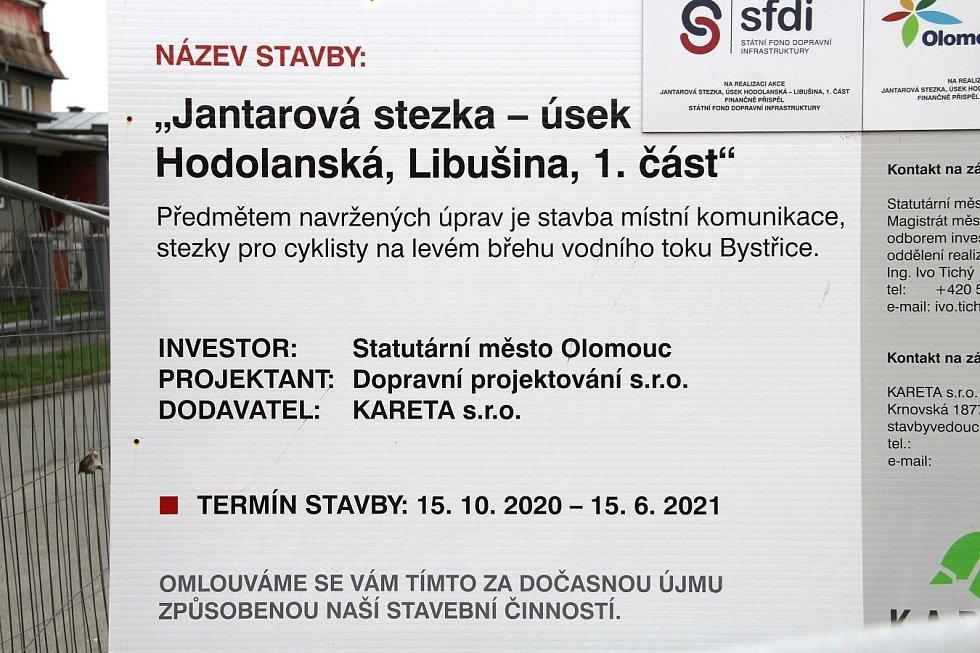 Stavba cyklostezky pod Hodolanskou ulicí v Olomouci, 14. května 2021