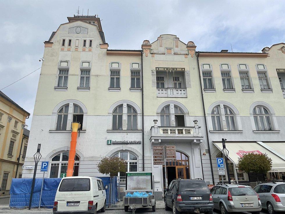 V budově Záložny v Litovli vznikne Muzeum harmonik, 29. dubna 2021