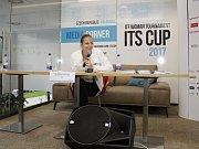 České tenistky zamířily před začátkem turnaje ITS Cup na tiskovou konferenci a autogramiádu. Kristýna Plíšková