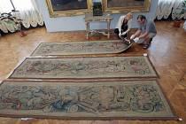 Vzácné tapisérie jsou zpět na šternberském hradě