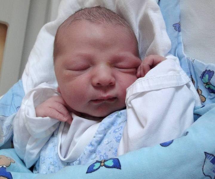 Tobiáš Voltner, Luběnice, narozen 2. prosince v Olomouci, míra 51 cm, váha 3800 g.