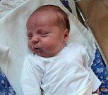 Marek Stejskal, Lipina, narozen 1. února ve Šternberku, míra 51 cm, váha 3270 g