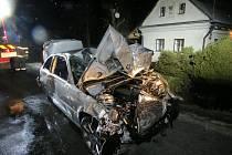 Následky bouračky v Oskavě