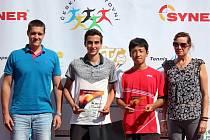ITF Véska 2015 - Zleva Ondřej Perůtka (ředitel turnaje), Dan Added, Naoki Tajima, Kateřina Dymanusová (vrchní rozhodčí)