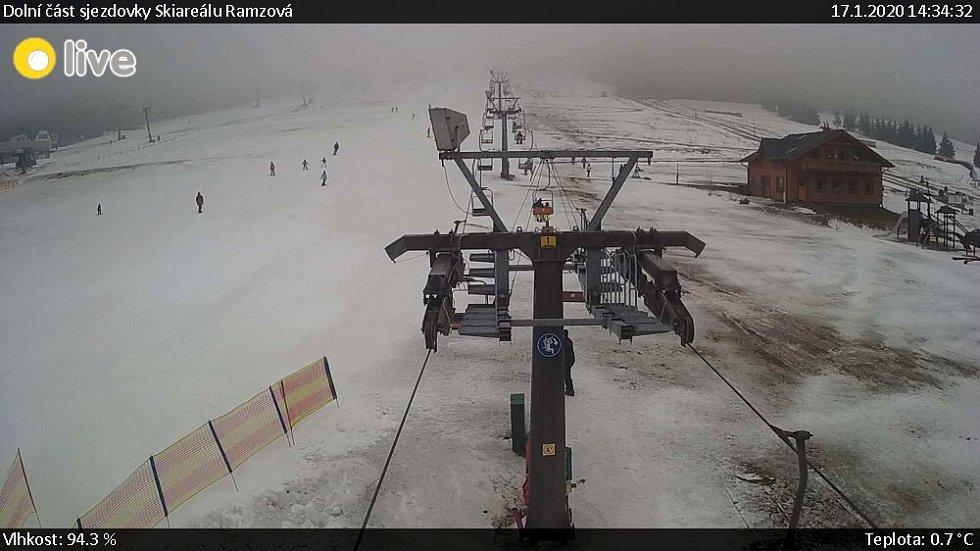 Ski areál Ramzová, 17. ledna 2020 odpoledne - záběr z webkamery