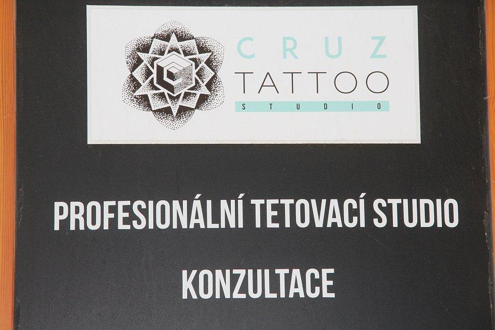 Studio Cruz Tattoo v Olomouci manželů Ladislava a Kateřiny Křížkových