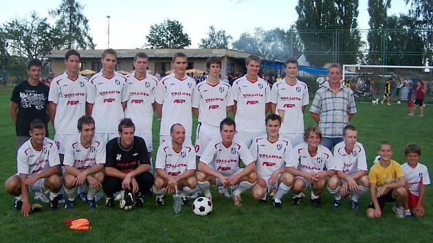 Rezerva Holice vyhrála turnaj ve Chválkovicích.