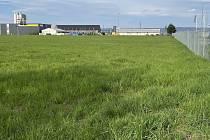 Pozemky v Olomouci-Holici, kde společnost Lidl zamýšlí postavit prodejnu, parcely již koupila. 4. května 2021