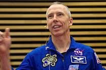 Astronaut Andrew Feustel  na přednášce v aule Pedagogické fakulty UP.