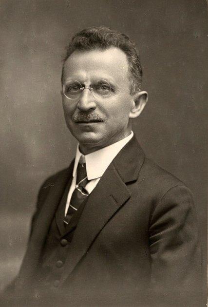 První český starosta vOlomouci JUDr. Karel Mareš