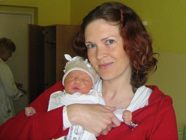 Elen Gošová, Olomouc, narozena 27. dubna v Olomouci, míra 50 cm, váha 2970 g