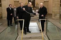 Slavnostní otevření Mauzolea olomouckých biskupů v dolní kryptě dómu