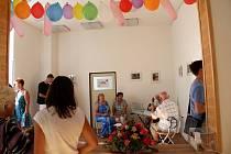 Olomoucká pobočka neziskové organizace Amelie, která pomáhá žít život s rakovinou, sídlí na nové adrese. Klienti centrum najdou v nových prostorách na Horním náměstí 5, v Edelmannově paláci.