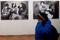 Vernisáž výstavy Jindřicha Štreita na MFF Jeden svět v olomouckém Konviktu