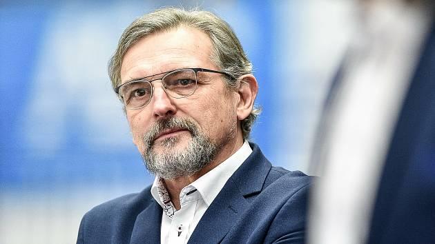 Trenér Olomouce Zdeněk Moták.