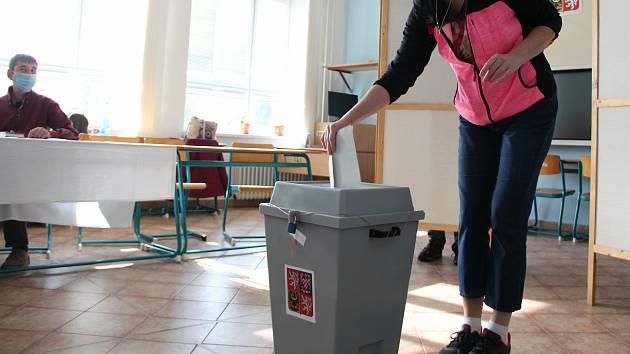 Druhé kolo senátních voleb. Ilustrační foto