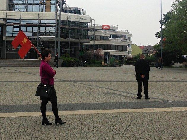 Vlajka vpodobě trenýrek. Reminiscence na incident na Pražském Hradě…
