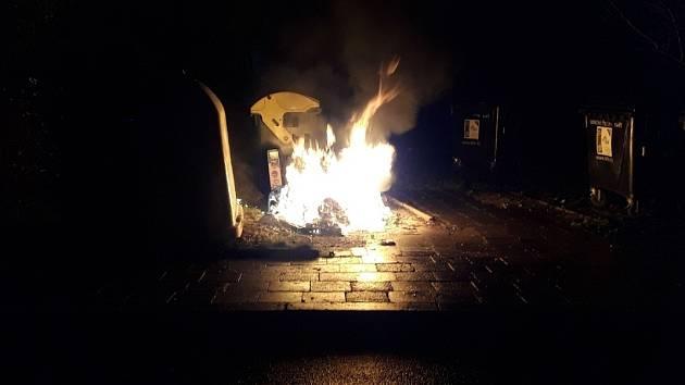 Požár kontejneru v Šumperku