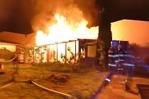 Požár chatky v Olomouci-Holici