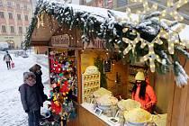 Vánoční trhy na olomouckém Horním náměstí, 3. prosince 2020
