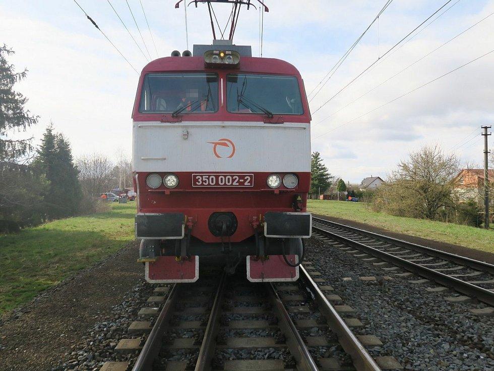 Srážka dodávky s rychlíkem v Grygově, 6. dubna 2021
