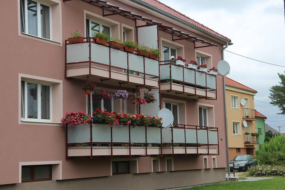 Bytové domy ve Velkém Týnci