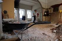 Někdejší byt školníka na Základní škole Komenium v Olomouci se mění na jednotřídní mateřskou školku